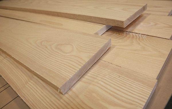 So sánh gỗ Tần bì và gỗ Sồi 03