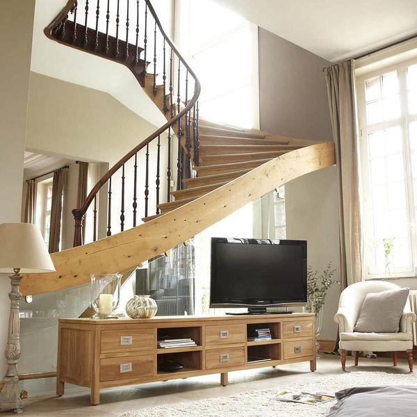 Mẫu trang trí kệ tivi gầm cầu thang đẹp 17